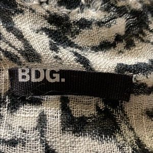 BDG Accessories - Bdg, navy and grey scarf. Lightweight in gd.cond.